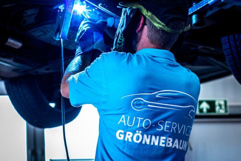 autoservice-groennebaum112